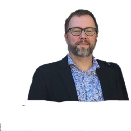 FREDRIK BÄCKMAN, MODERATOR
